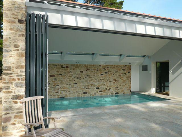 Configuration ouverte - vue extérieure - Reportage piscine Carré Bleu