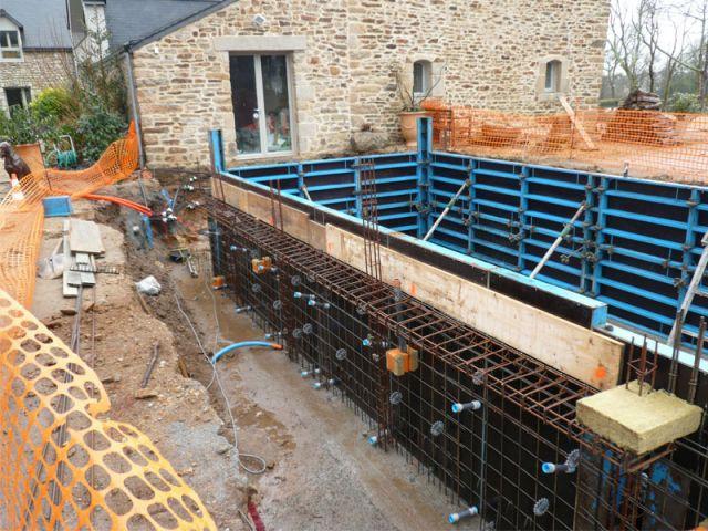 Construction piscine - Reportage piscine Carré Bleu