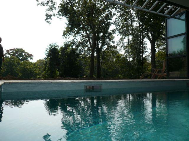 Configuration ouverte - vue intérieure - Reportage piscine Carré Bleu