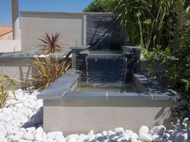 Une fontaine pour la détente - Reportage terrasse piscine