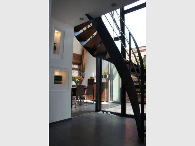 L'escalier installé - Duplex rénové