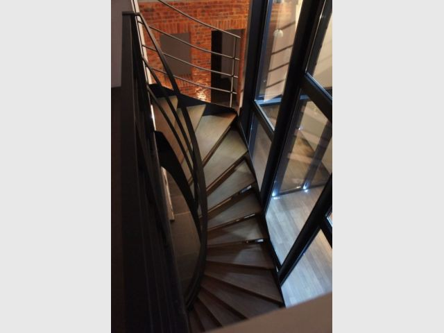 Escalier elliptique - Duplex rénové