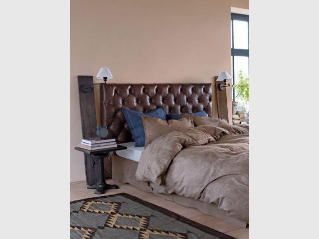 20 id es pour une t te de lit originale. Black Bedroom Furniture Sets. Home Design Ideas