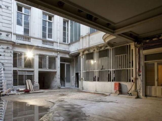 Cour intérieure (avant) - Mercy ARgenteau