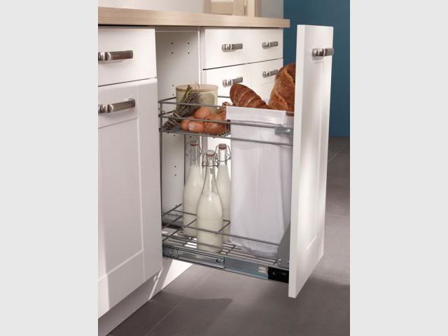 Dans la cuisine chaque objet son rangement - Rangement etroit cuisine ...