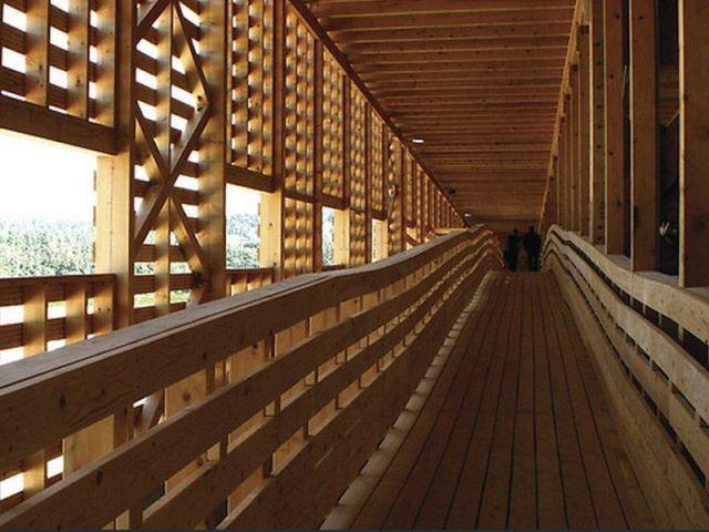 Pôle régional de manifestations agricoles à Aumont-Aubrac (48) - Prix national de la construction bois