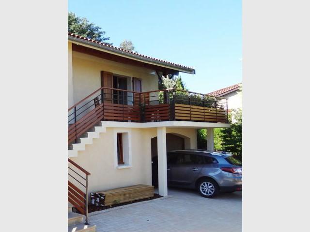 Une terrasse agrandie et investie - Rénovation escalier extérieur