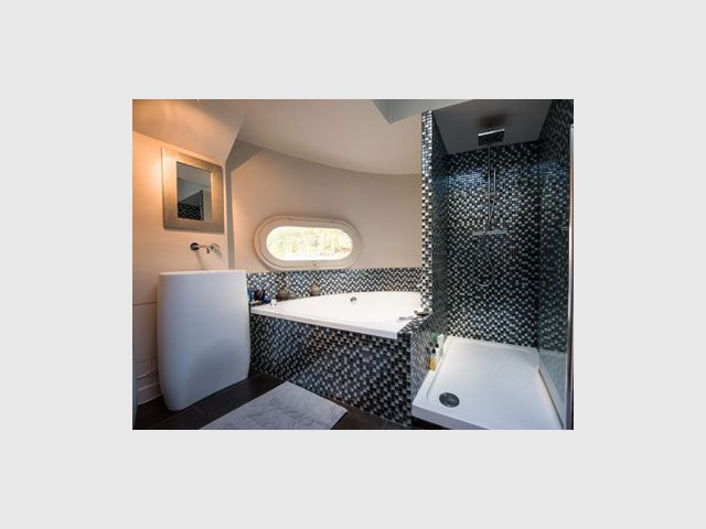 Suite parentale - La salle de bains - Alexandre Nestora