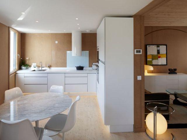 Espace cuisine/salon - Maison tour