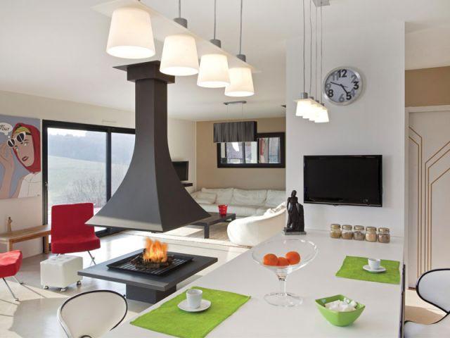 1 chauffage pour structurer l 39 espace. Black Bedroom Furniture Sets. Home Design Ideas
