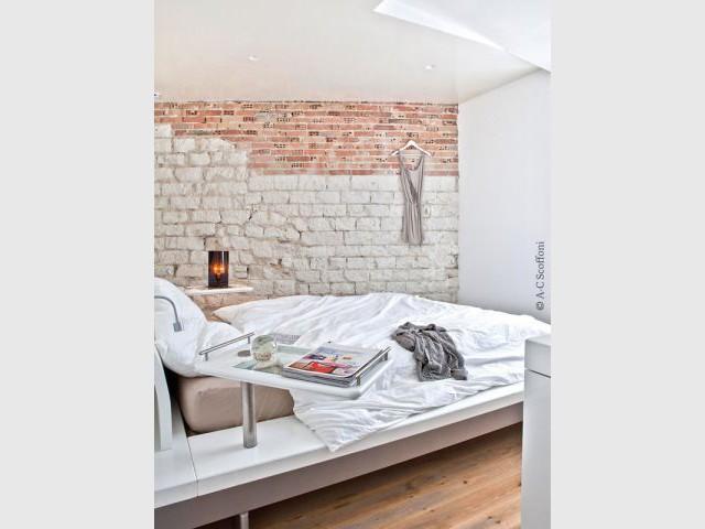 Une chambre féminine et discrète - Duplex Carlos Pujol