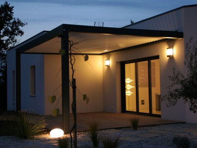 Un quartier pavillonaire - vue de nuit