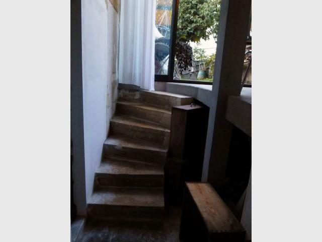 Deuxième escalier intérieur - Elodie Bonnet