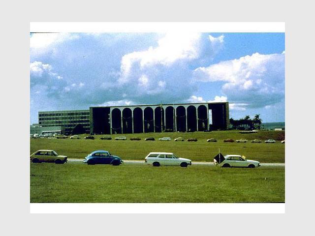 Promesse de renouveau - Brasilia - Acervo do MRE