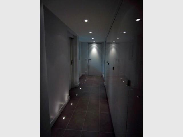 Une salle de sport et un vestiaire - Maison 500 m² Nogent sur Marne