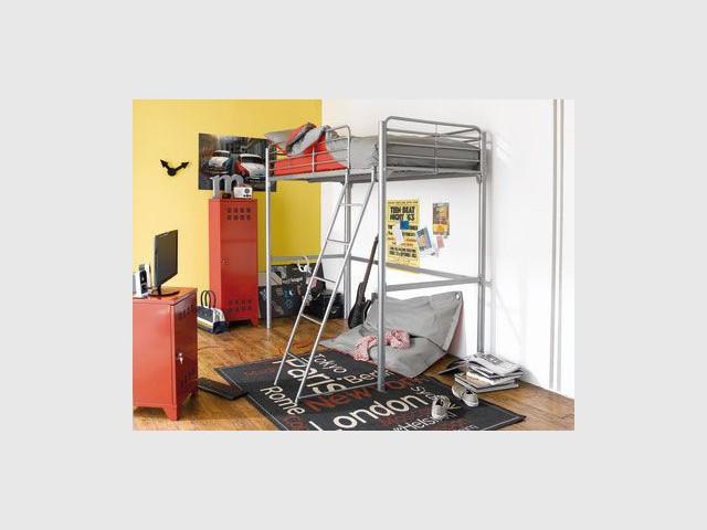 idee pour fermer une mezzanine depuis la pice du dessous vissez des plaques de pltre sous les. Black Bedroom Furniture Sets. Home Design Ideas