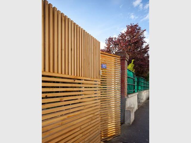 Clôture moderne - Extension bois Nicola Spinetto Architecte