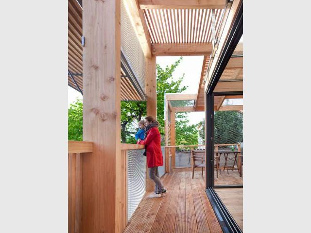 Terrasse protégée - Extension bois Nicola Spinetto Architecte