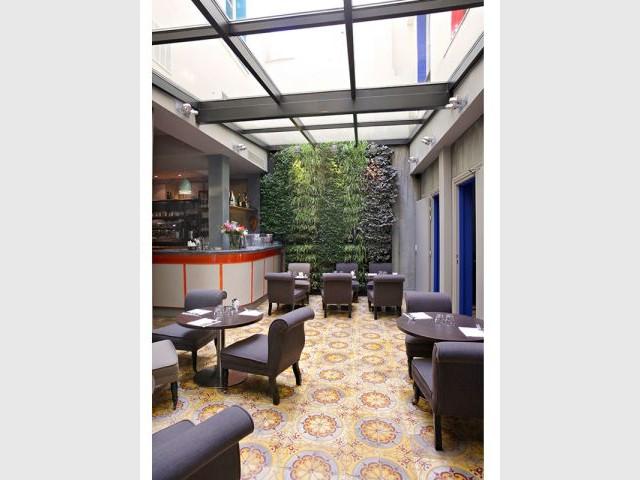 1 Hotel Parisien Revele Les Secrets De Son Passe