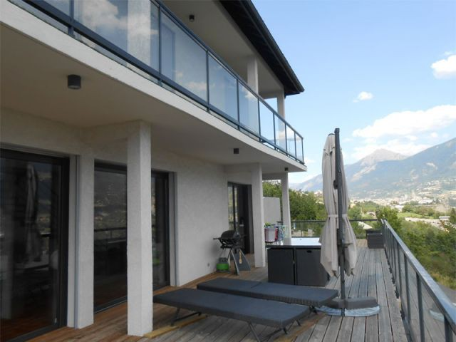 Vaste terrasse - Maison Alpes du Sud