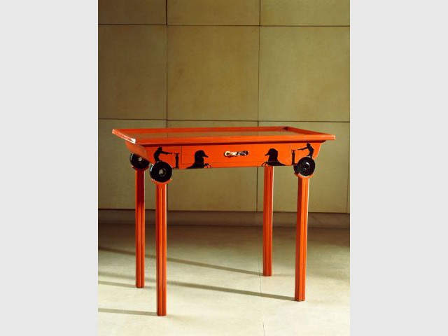 Table aux chars - Eileen Gray