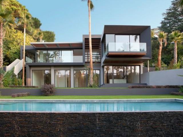 Une villa moderne dans un quartier ultra chic - Villa STUDIO GUILHEM