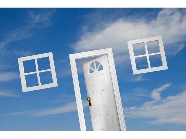 porte fenêtre nuages