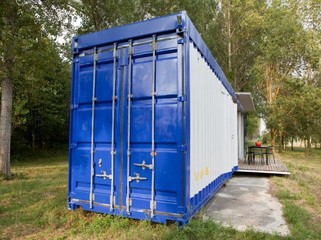 1 container recycl et revisit en loft design for Projet container