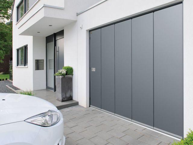 Quel budget prévoir pour acheter une porte de garage ? - France Fermetures
