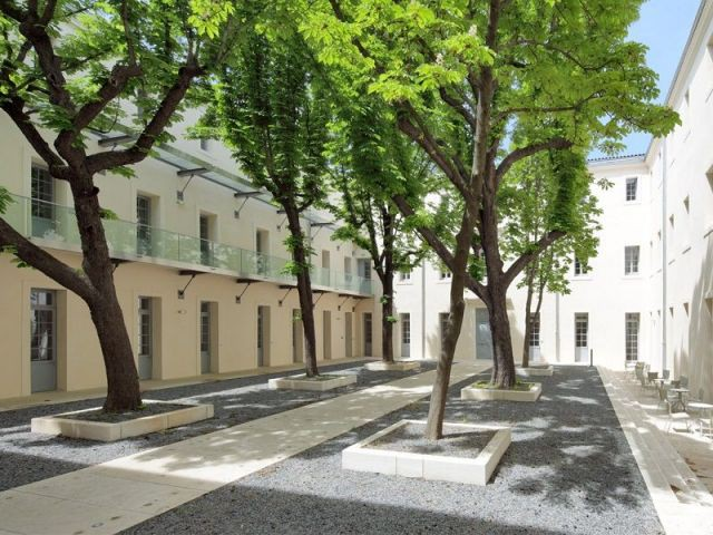 Cour intérieure - Campus Saint-Charles