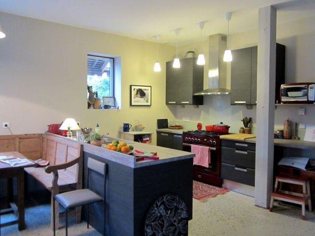 Le coin cuisine dans la grande pièce à vivre - Concours Lafarge Artevia
