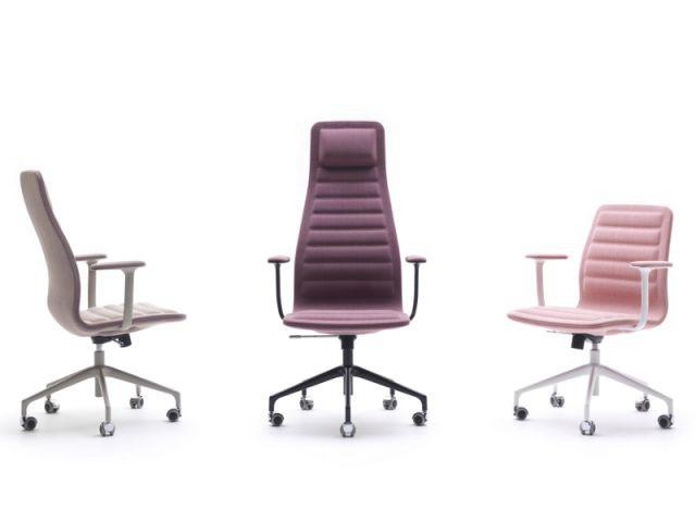 Les fauteuils Lotus Color de Jasper Morrison pour Cappellini - Milan 2013