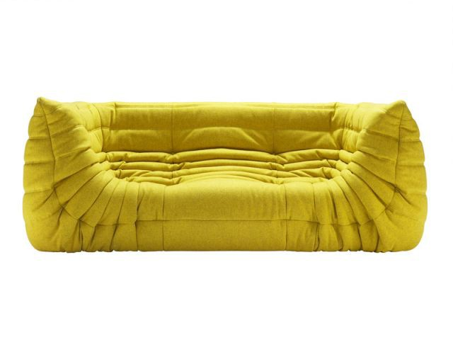 le mythique canap togo a 40 ans. Black Bedroom Furniture Sets. Home Design Ideas