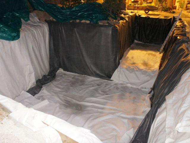 Piscine bois O2pool - pose de la membrane