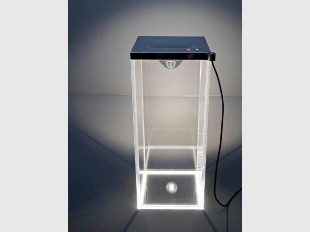 Collection de luminaires par Philippe Starck pour Flos - Starck nouveautés Milan