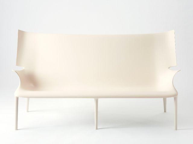 Collection Aunts and Uncles par Philippe Starck pour Kartell - Starck nouveautés Milan