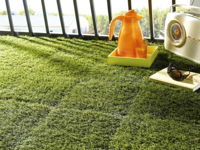 Des dalles de gazon pour un balcon végétal - Dalles extérieures