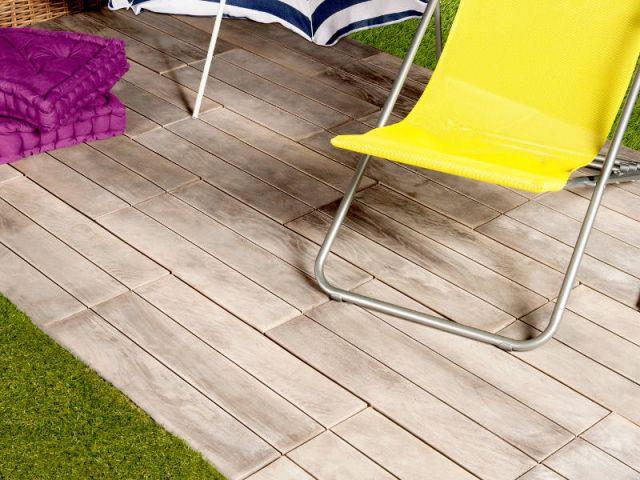 Des dalles en bois pour une terrasse naturelle - Dalles extérieures