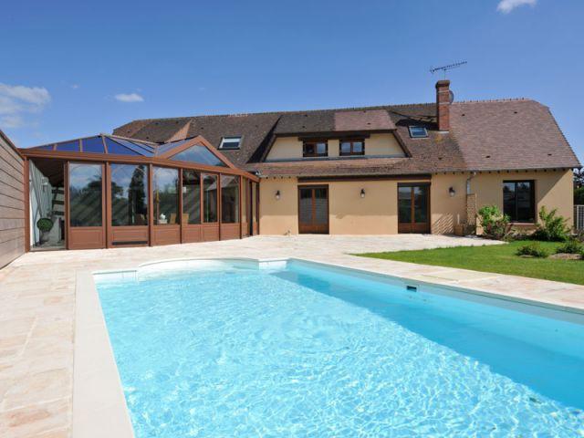 Façade après - Véranda géométrique Eure-et-Loir + jardin