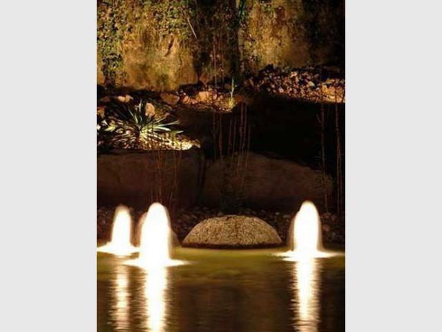 Lumière jet d'eau - Cardinal Jardin
