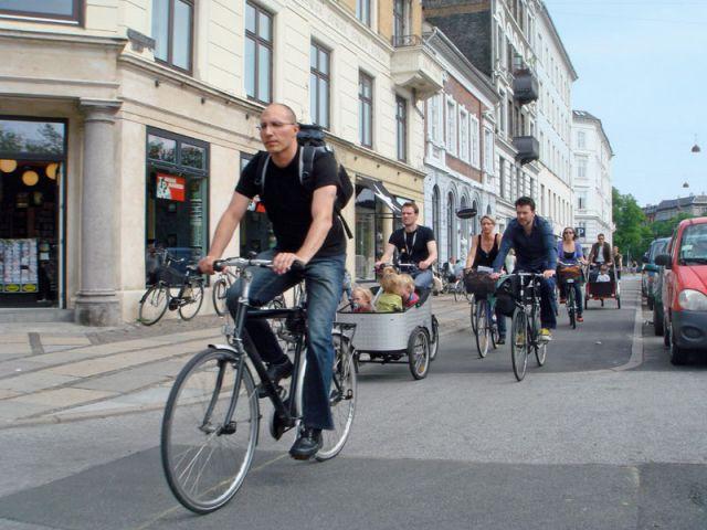 Un partage de la rue en bonne intelligence - Reconquérir les rues