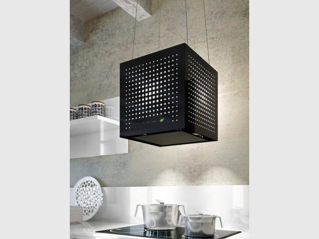 Une hotte de cuisine aspirante comme un cube flottant - Electroménager design
