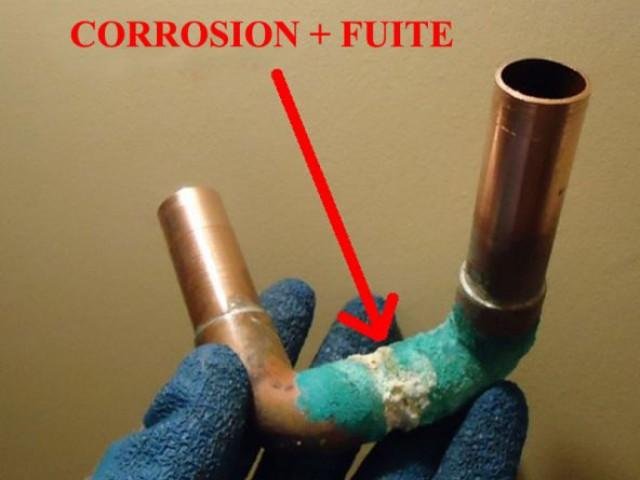 Fuite chauffe-eau - corrosion - tuyaux