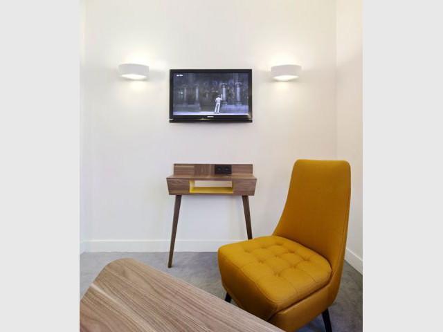 Des meubles vintage, mais neufs - Hôtel 61 Nation