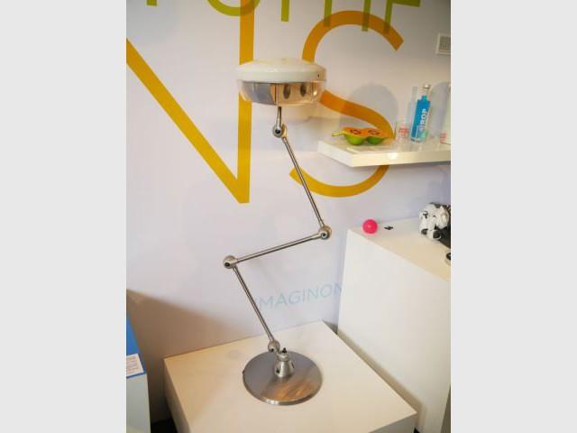 Pio, la lampe robot - expo Cetelem