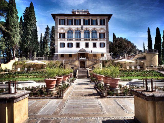 Un jardin à l'italienne face à la villa - Il Salviatino