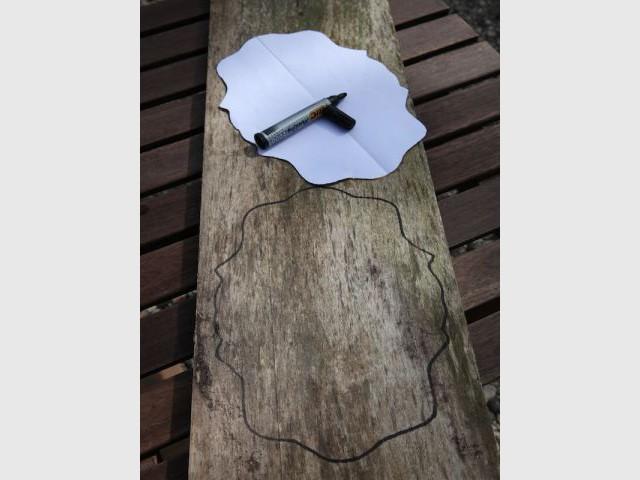 Etape 2 : Reporter la forme sur le bois - Heïdi Vallon