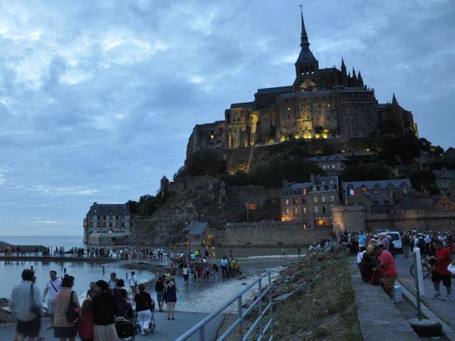 Mont-Saint-Michel et marée