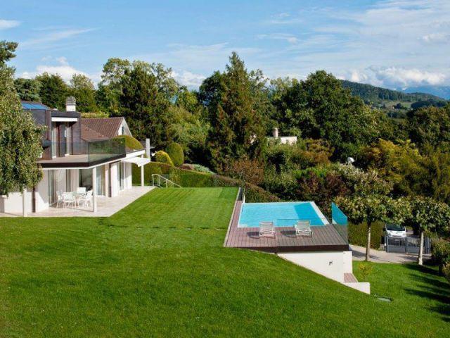 Un emplacement choisi avec minutie - Piscine suisse