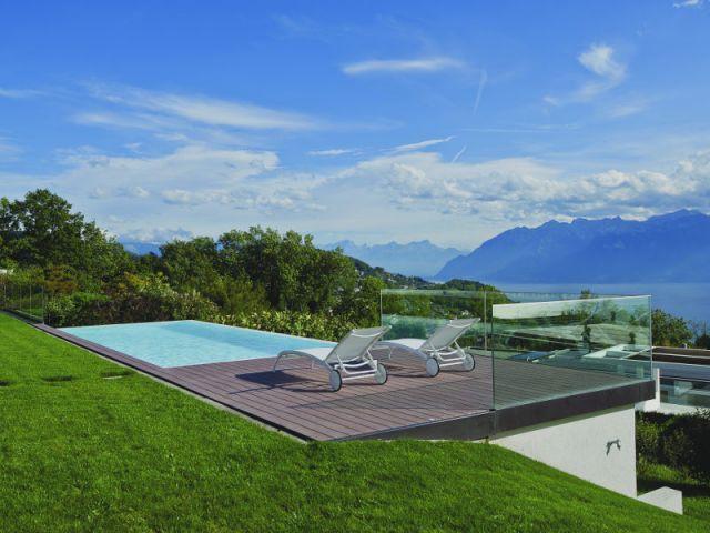 Garde-corps en verre - Piscine suisse